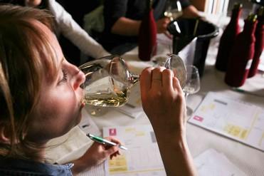 concours des vins des vignerons indépendants